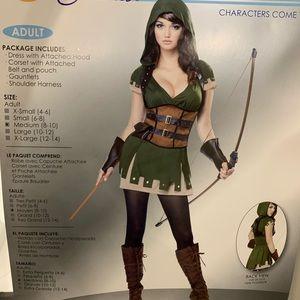 Lady Robin Hood Halloween costume.
